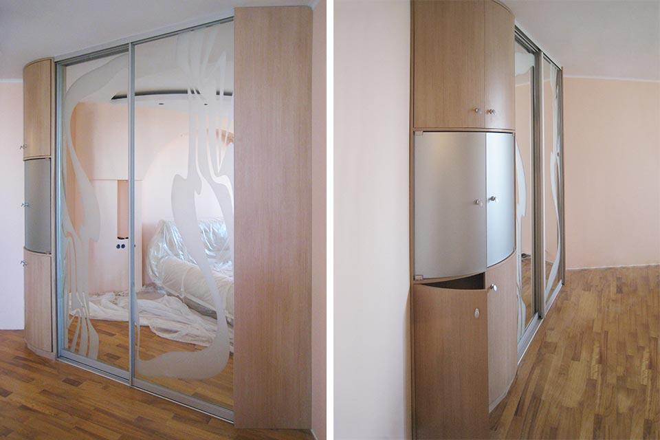 угловой шкаф купе в спальню с зеркалами